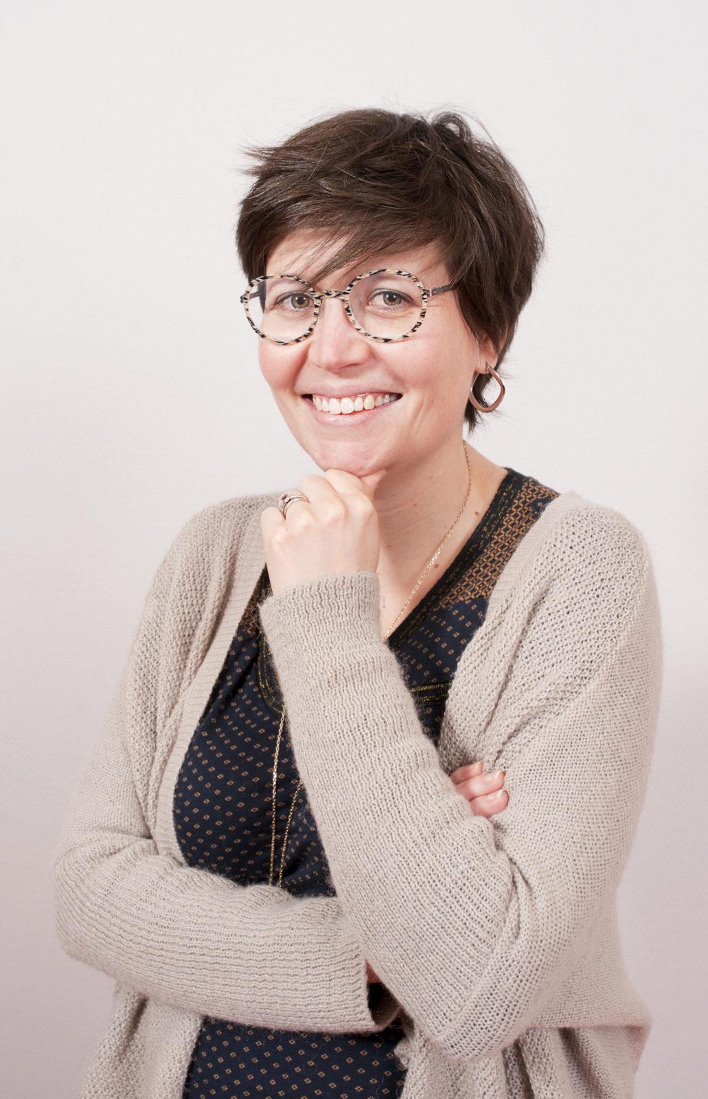photo debout de Andrée anne marotte-Anne Marotte sophrologue